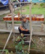 Making a Blowpipe, Gunung Mulu National Park