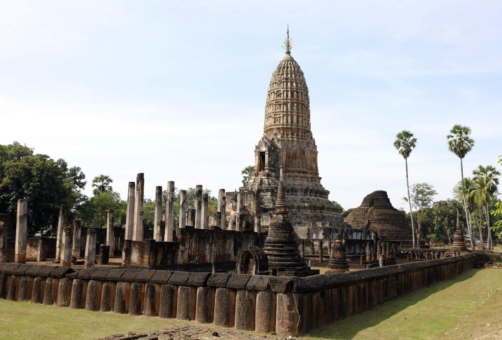 Wat Phra Sri Rattana Mahathat, Si Satchanalai