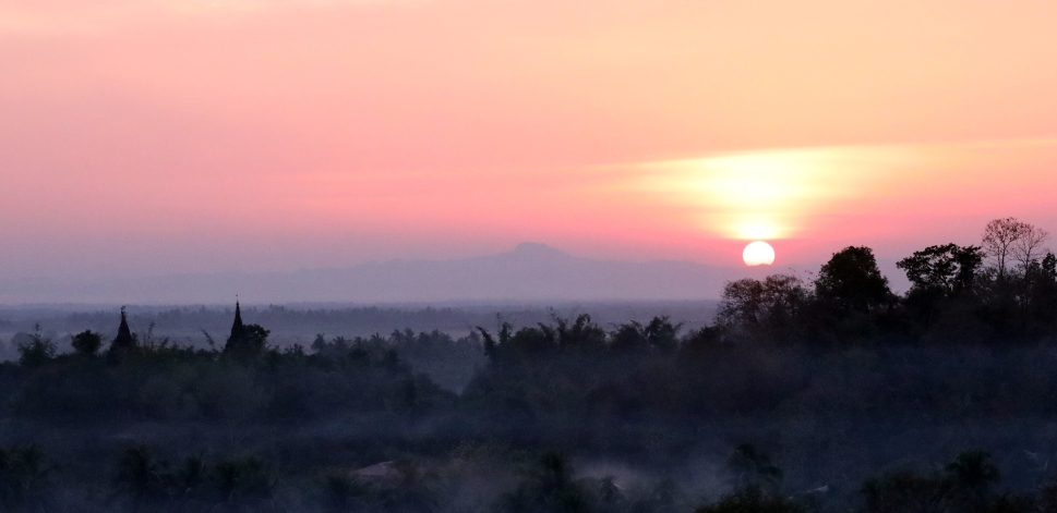 Sunset in Mrauk U