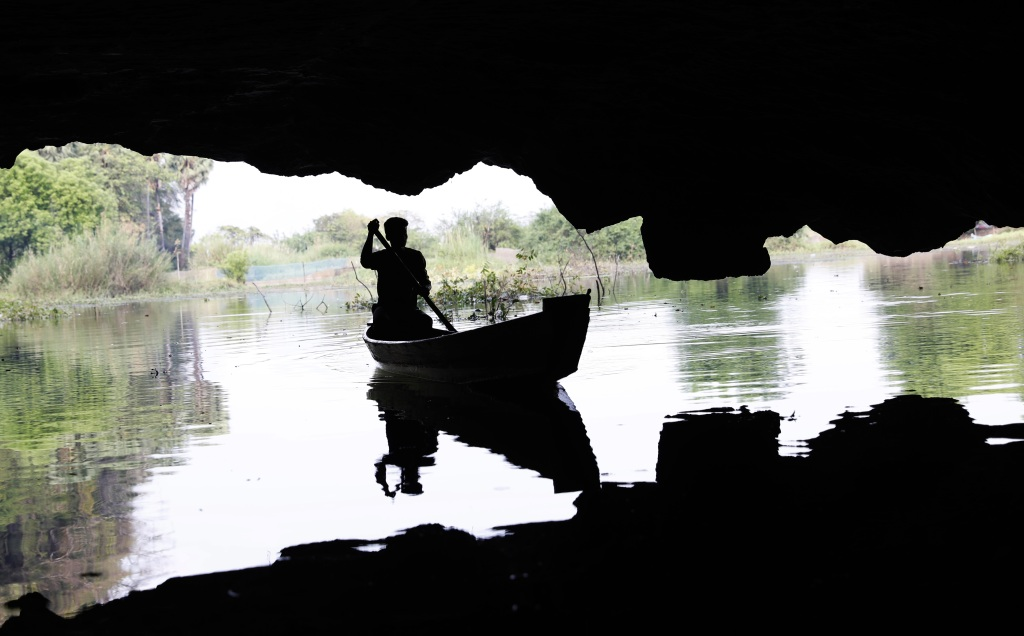 Saddan Cave entrance