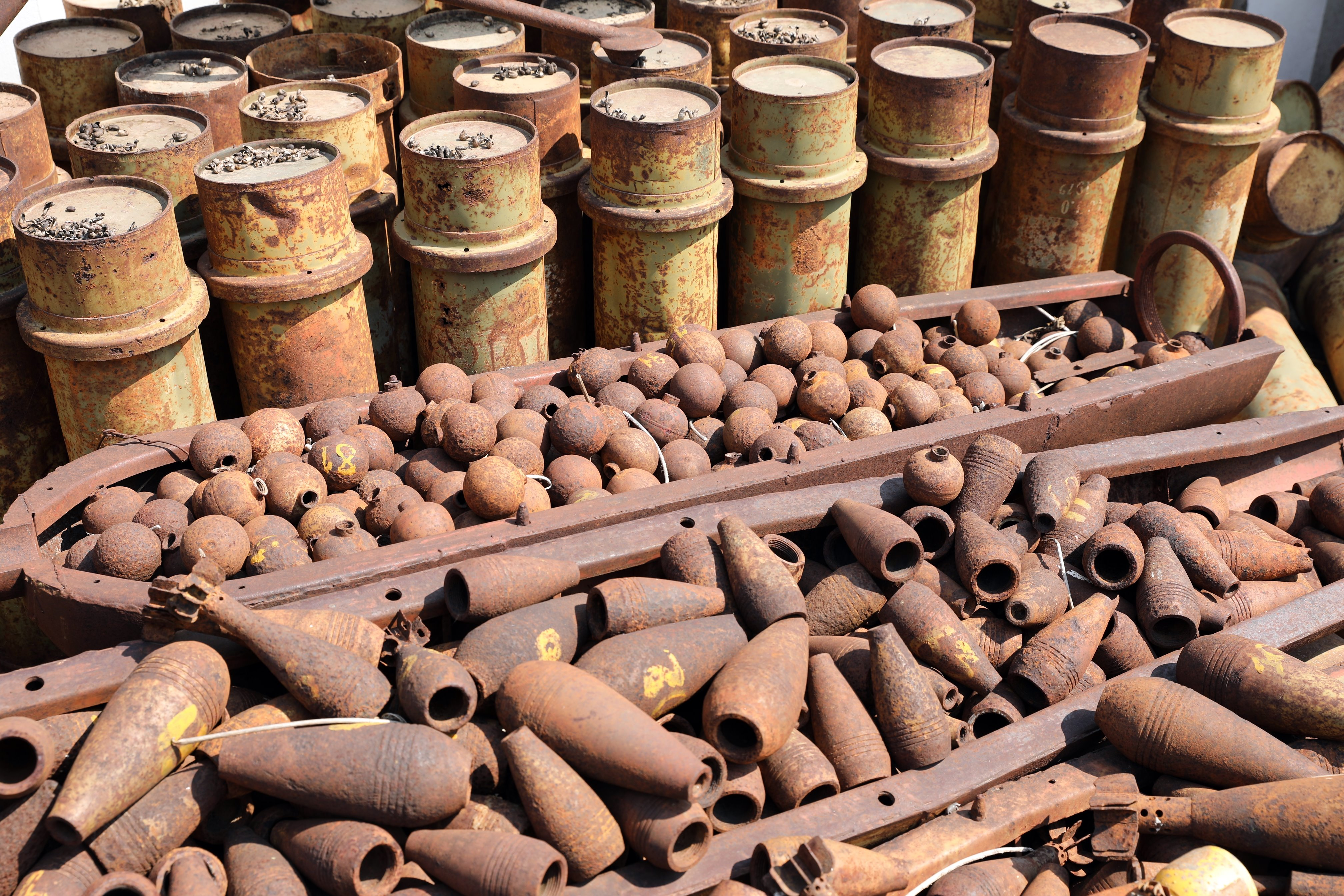 Cluster bombs, Phonsavan