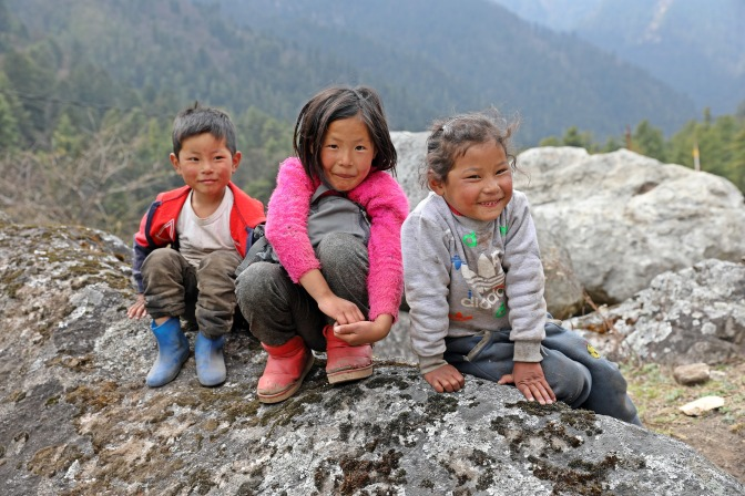 Village kids along the Paro Valley
