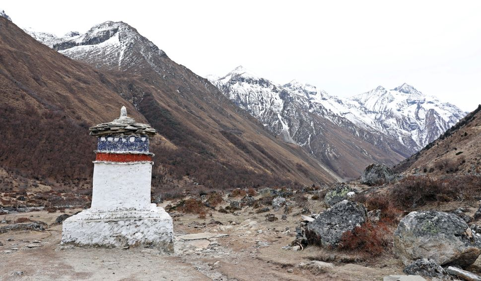 Chorten on the trail