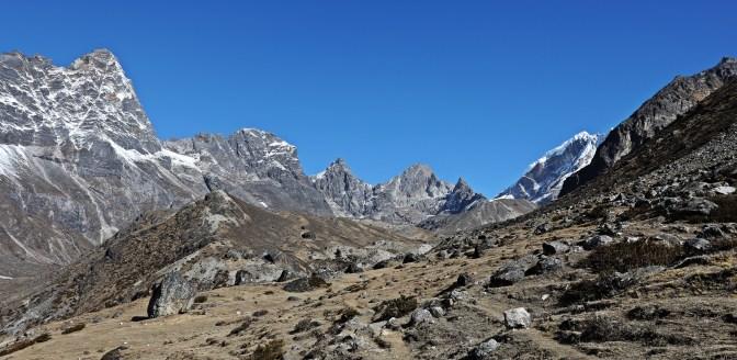 Towards Cho La (Pass)