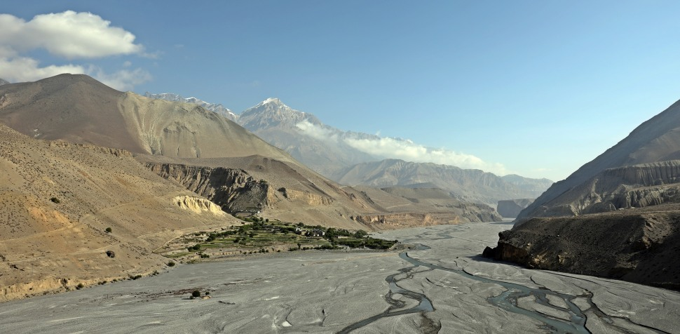 The Kali Gandaki river valley