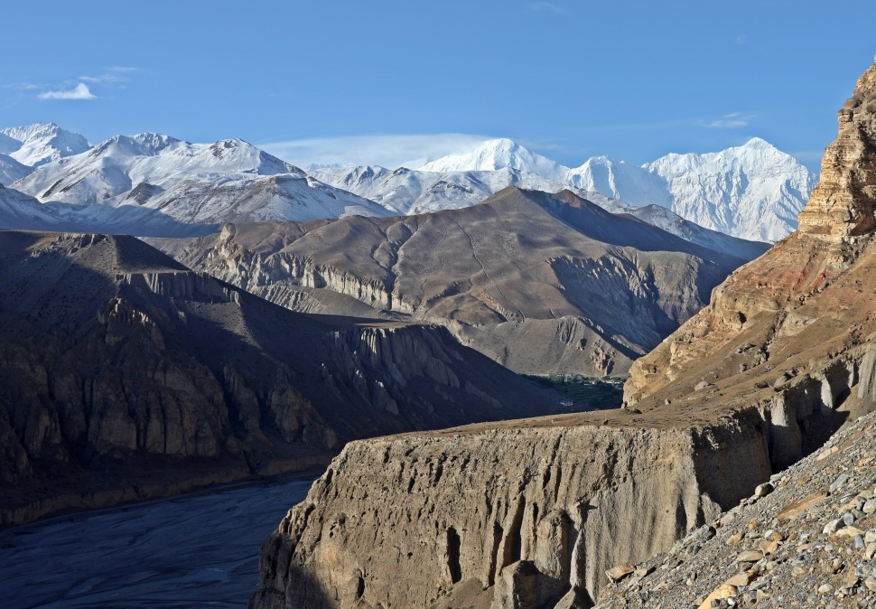 Kali Gandaki River valley