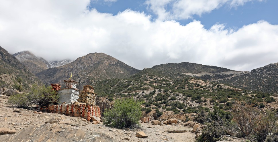 Buddhist chortens on the Upper Mustang trek