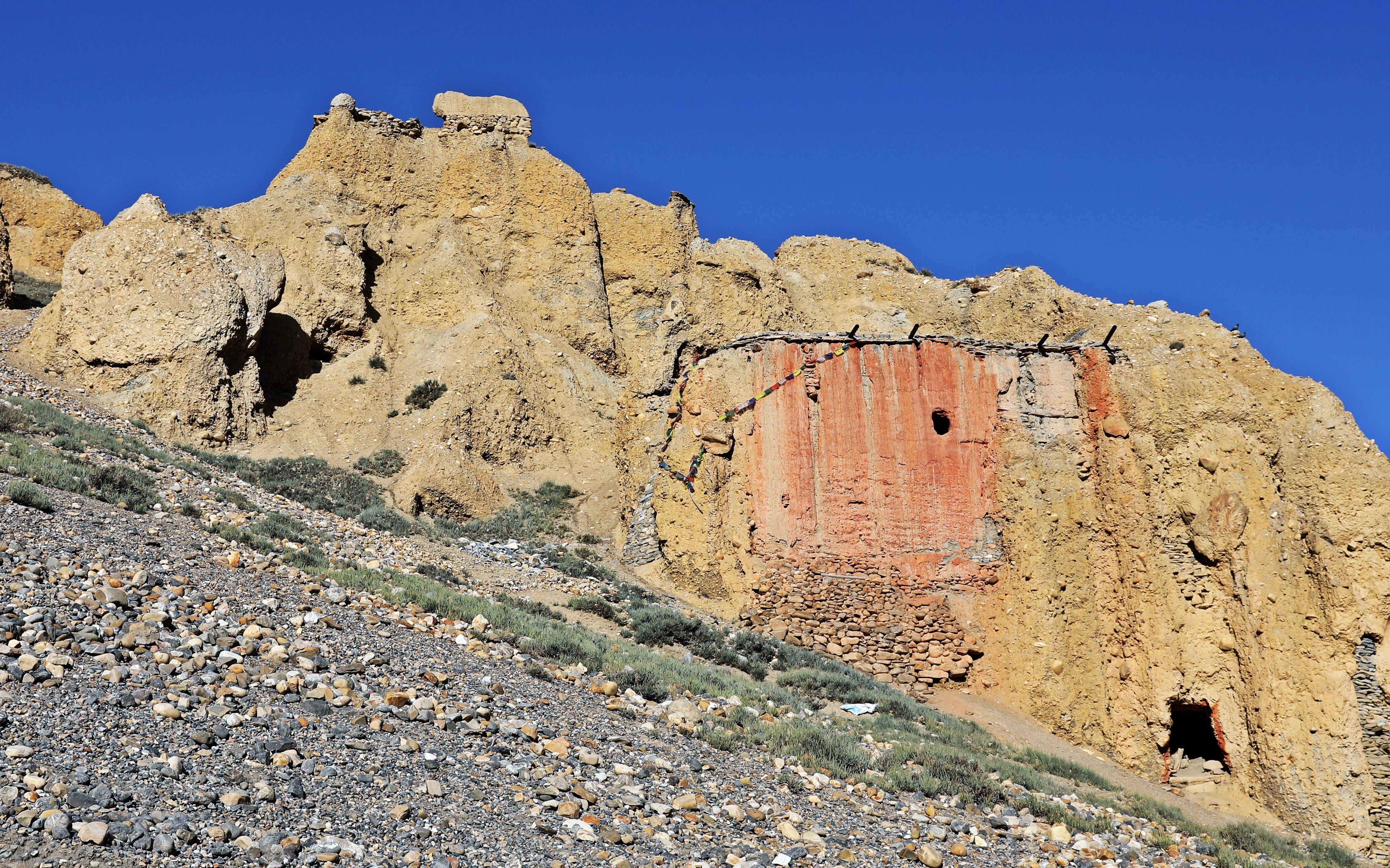 Cave Gumba (Monastery) at Chhuksang