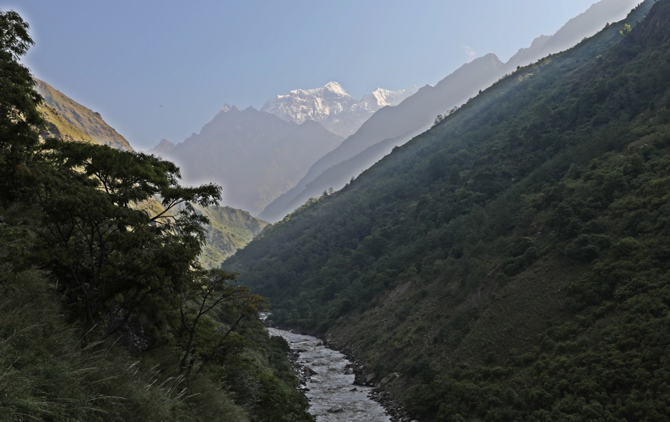 Sringi Himal and the Buri Gandaki Valley