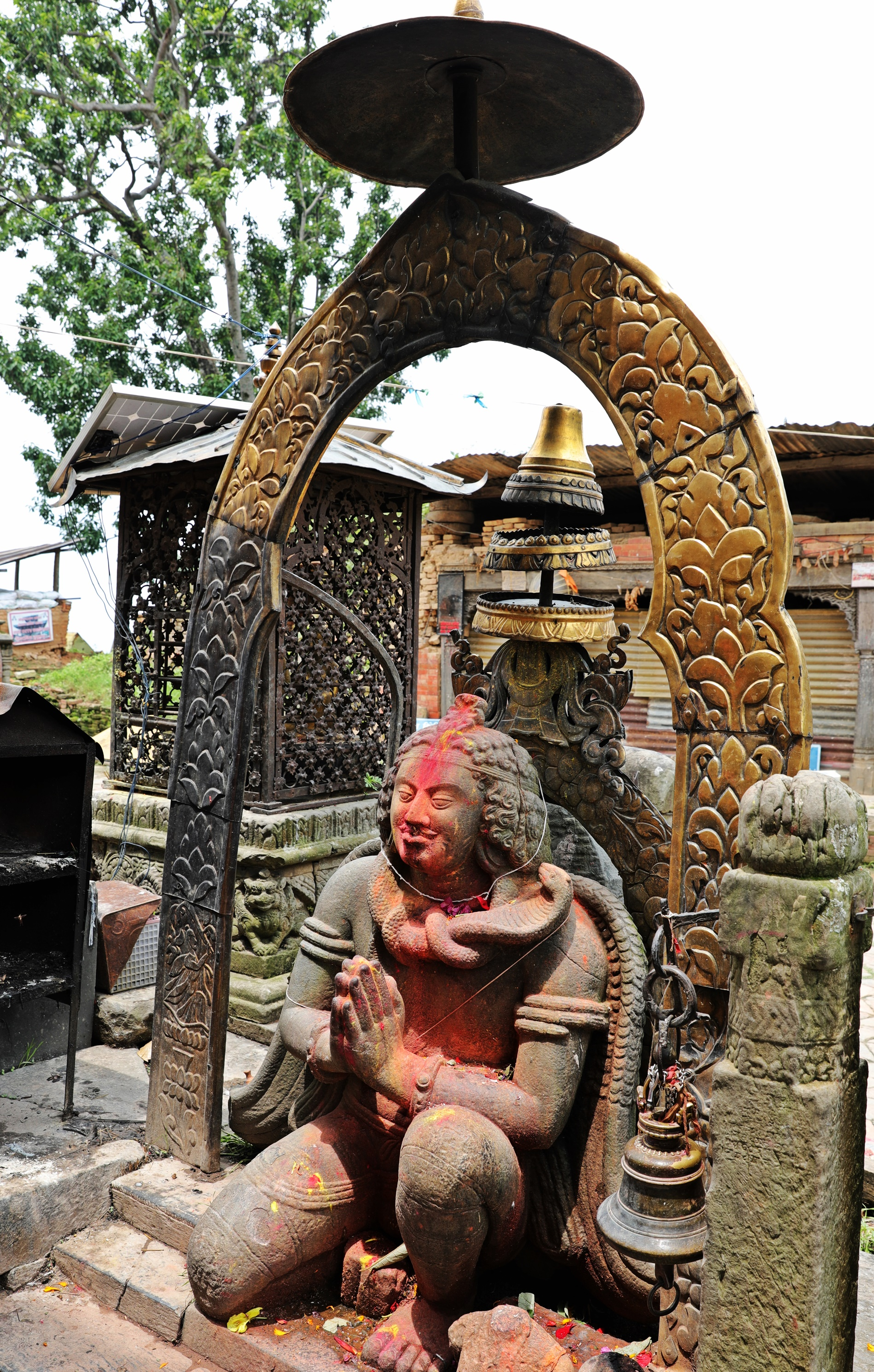 Statue at Changu Narayan Temple