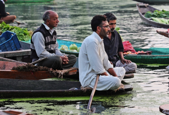 Floating market, Srinagar