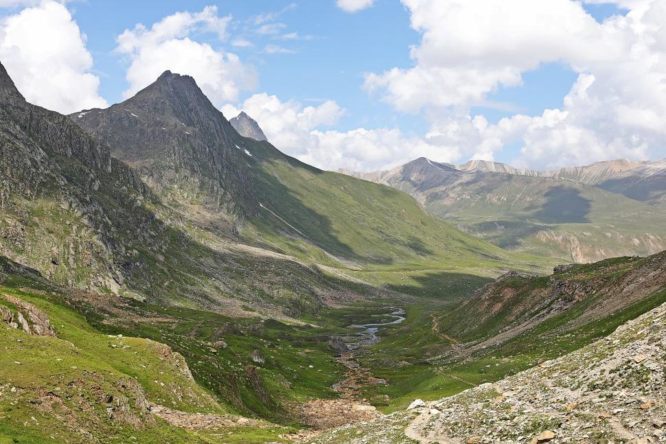 View from Nichnai Pass, Great Lakes Trek