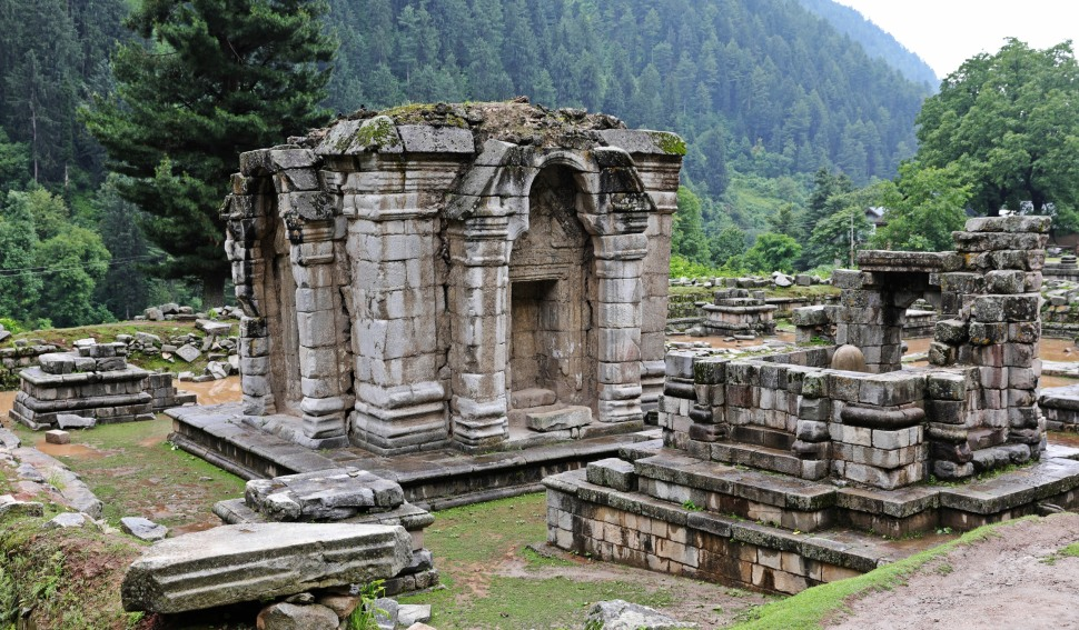 Naranag temple ruin