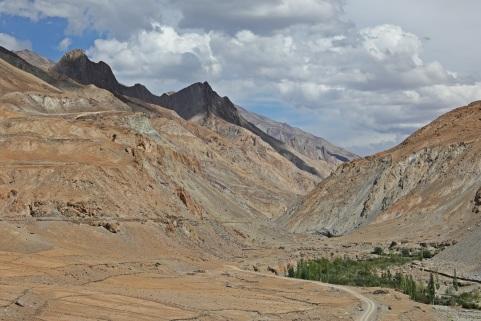 Markha River near the confluence with Zanskar River
