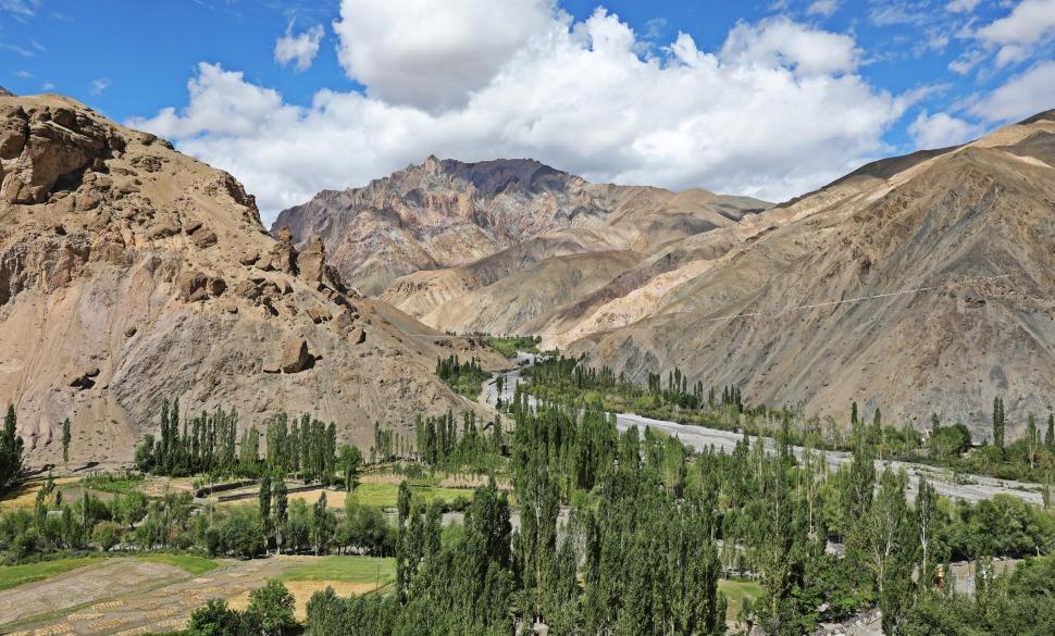Shilakong Valley
