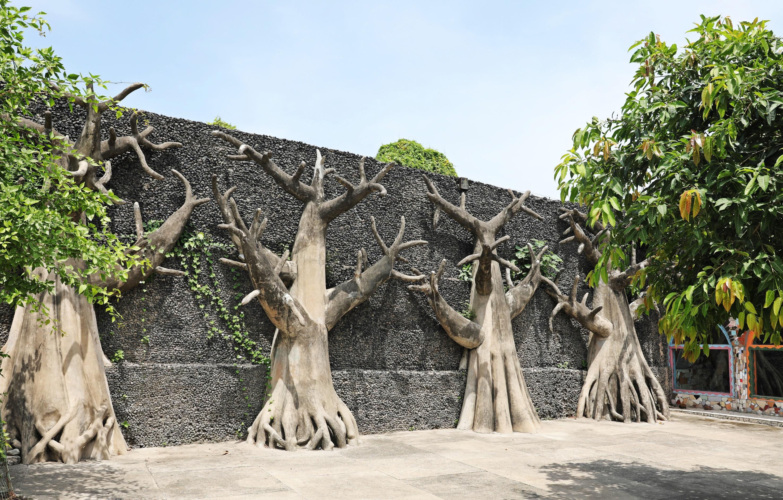 Tree sculptures, Rock Garden, Chandigarh