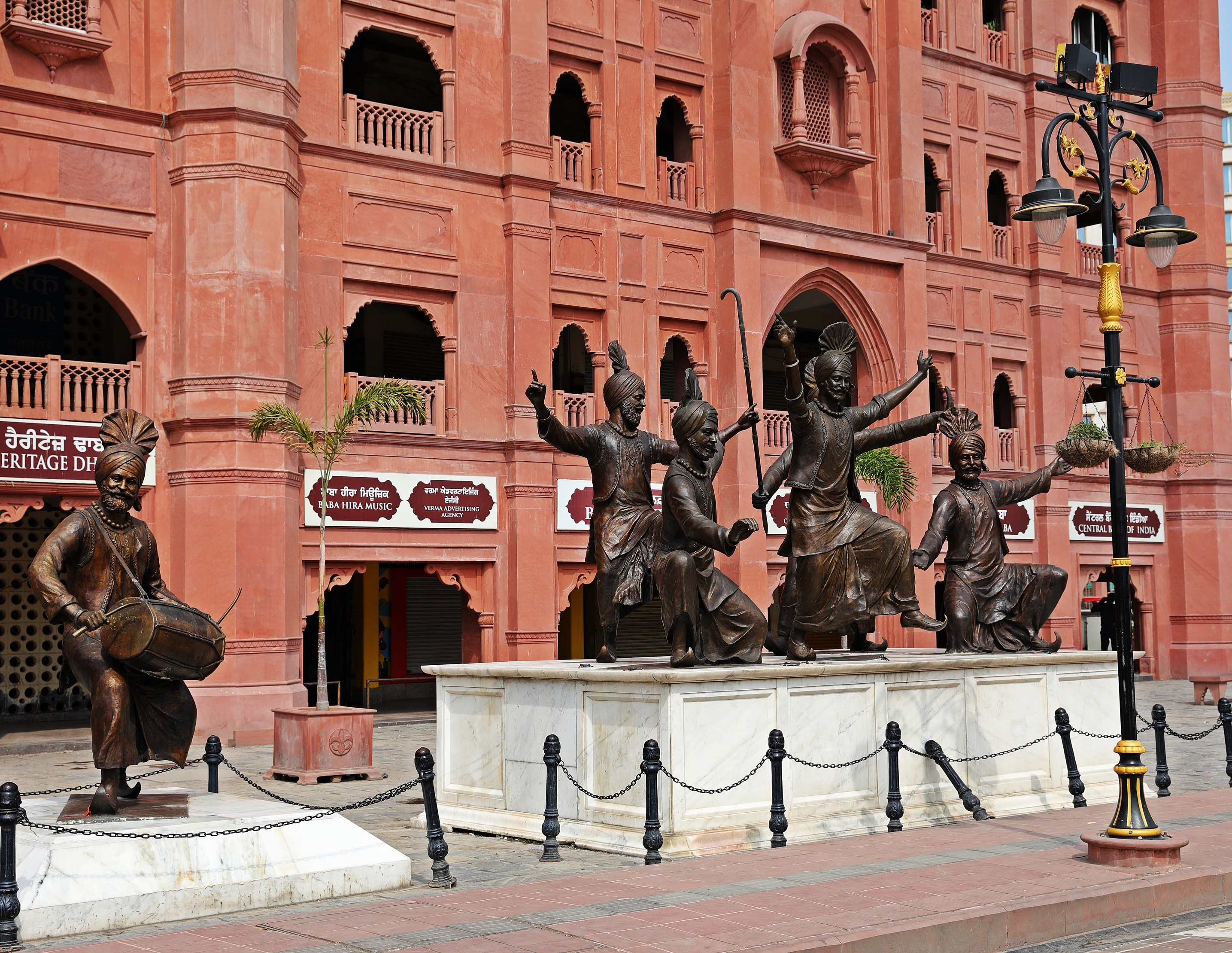 Statues of bhangra dancers on Heritage Street, Amritsar