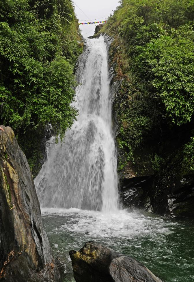 Bhagsu Waterfall, Himachal Pradesh