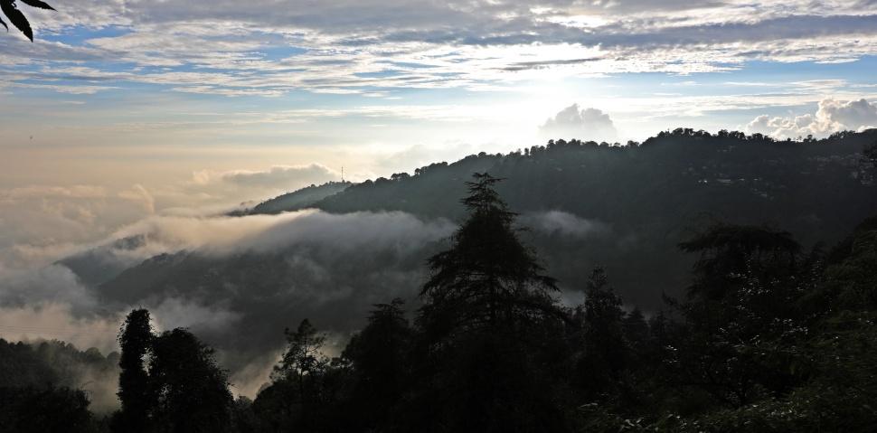 Mountains surrounding McLeod Ganj