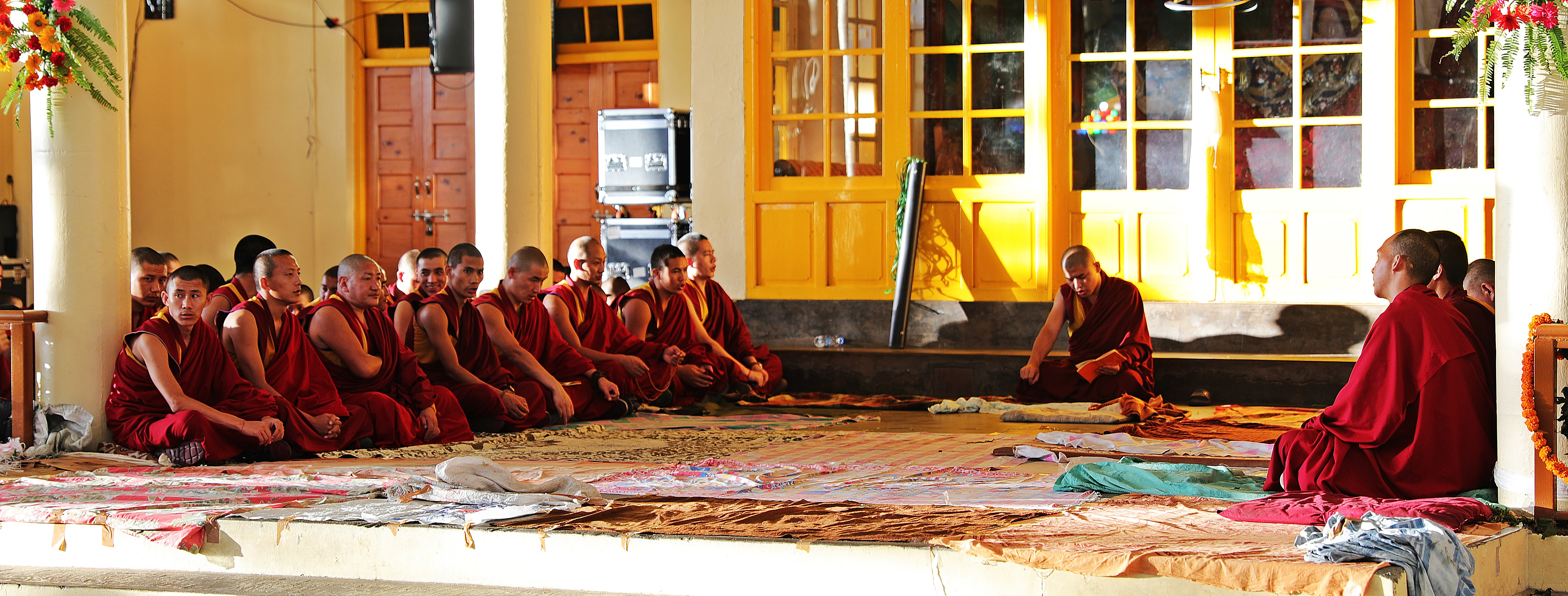 Monks at the Tsuglagkhang Complex