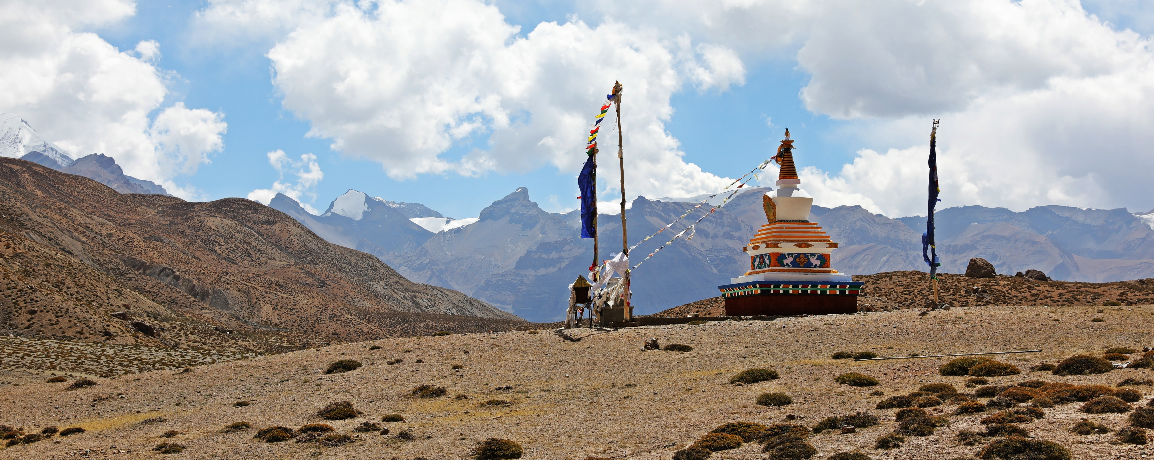 Chorten at Dhankar Lake