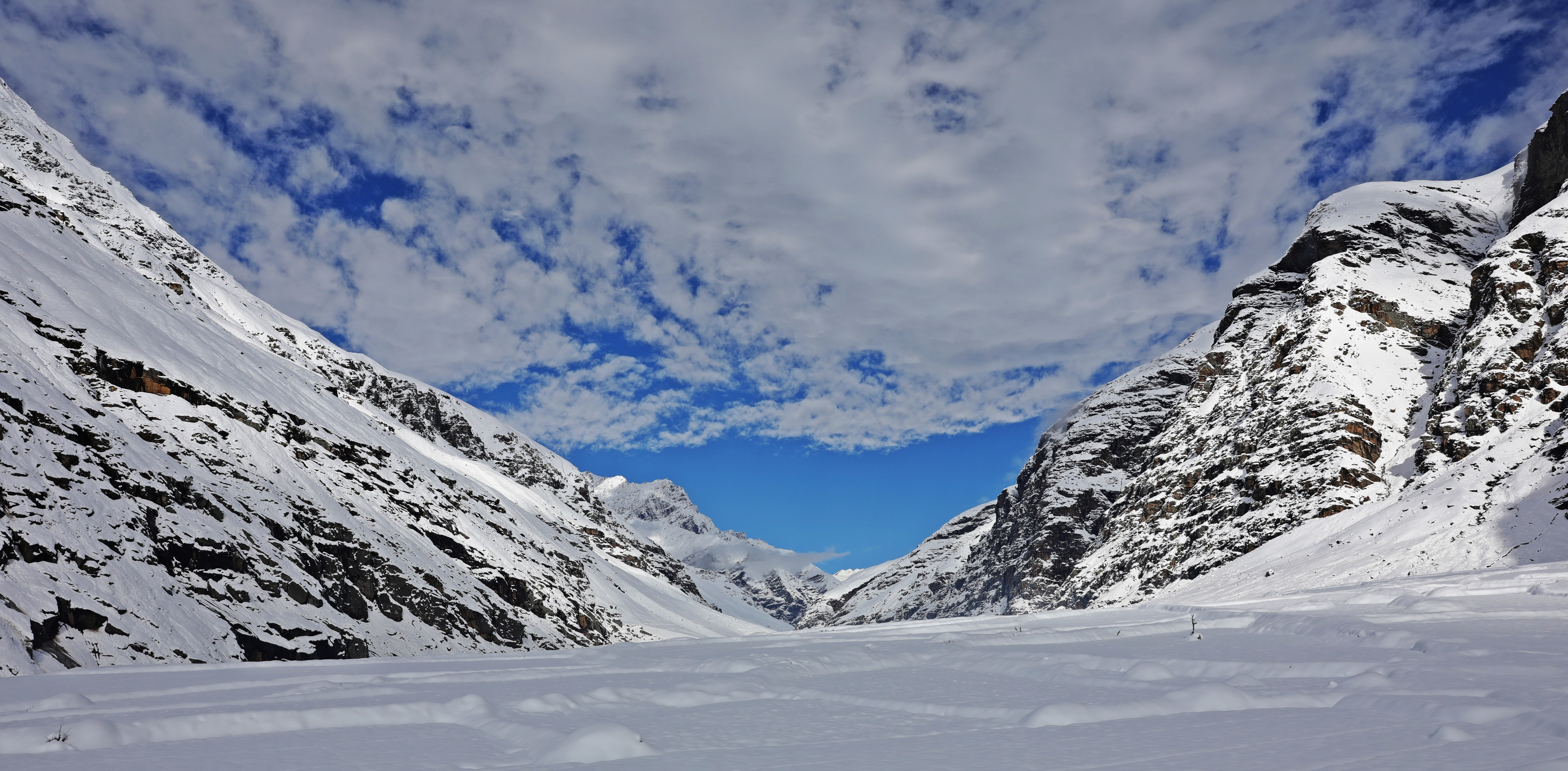 Beautiful mountains after the blizzard, Khoksar