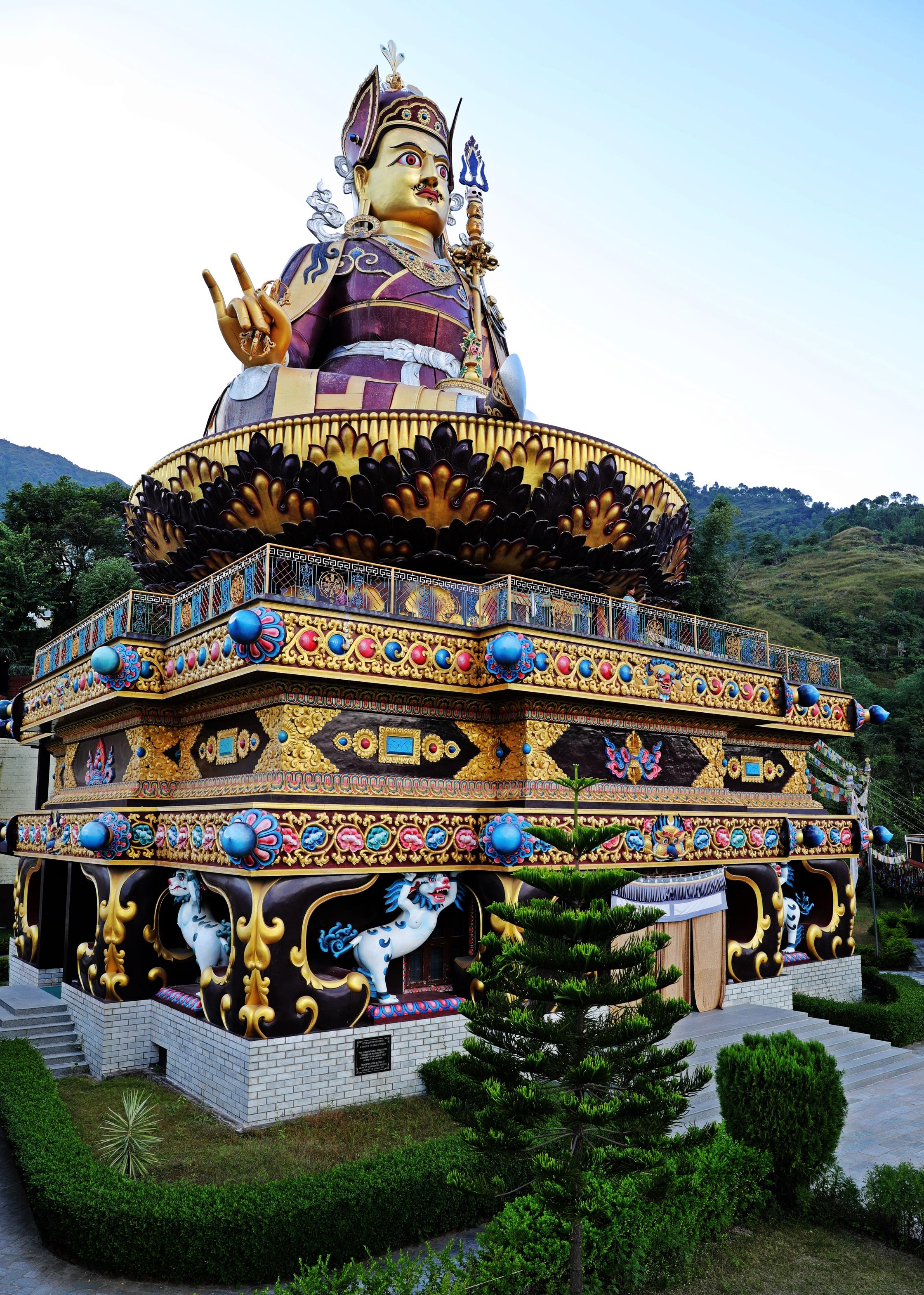 Guru Rinpoche, Rewalsar Lake