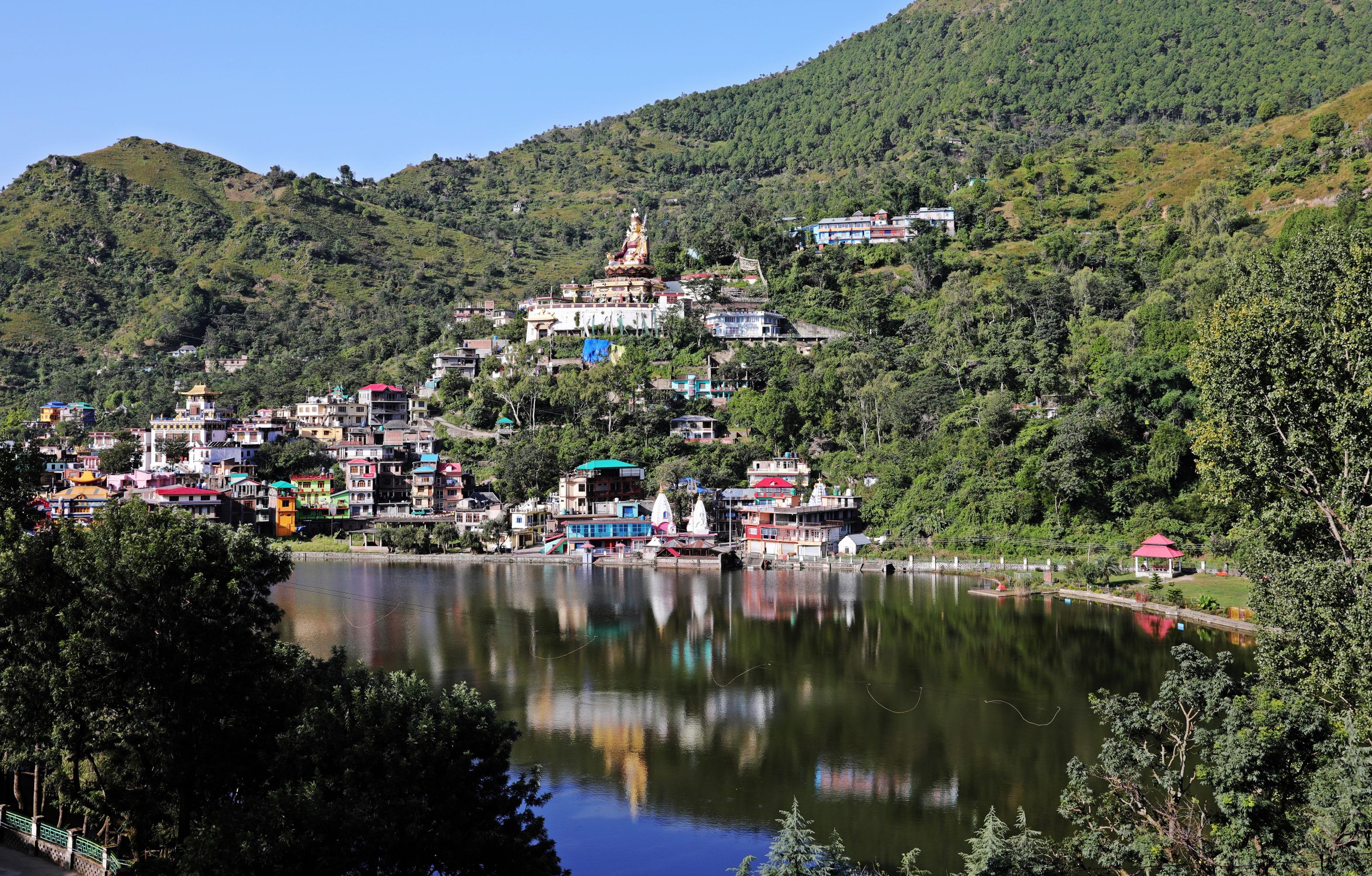 Guru Rinpoche above Rewalsar Lake