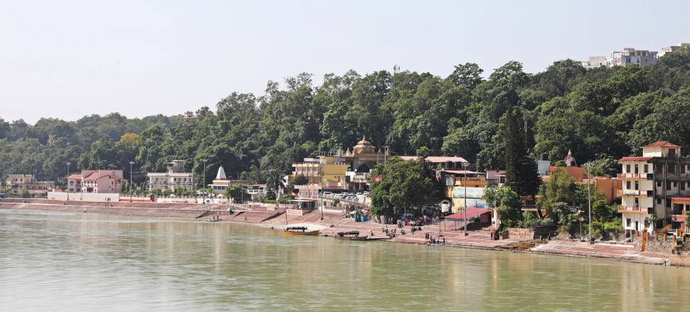 Steps to the Ganges, Rishikesh