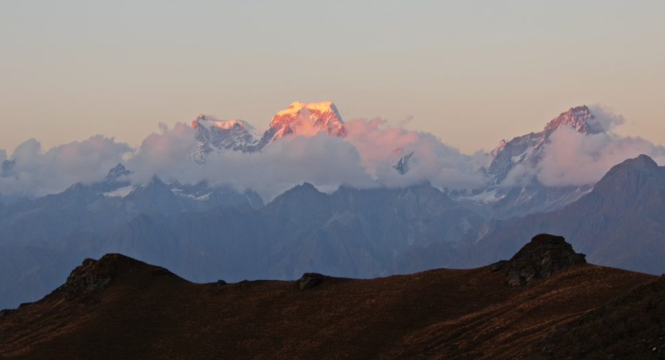 Alpenglow on Mt. Hathi Ghoda from Kuari Pass
