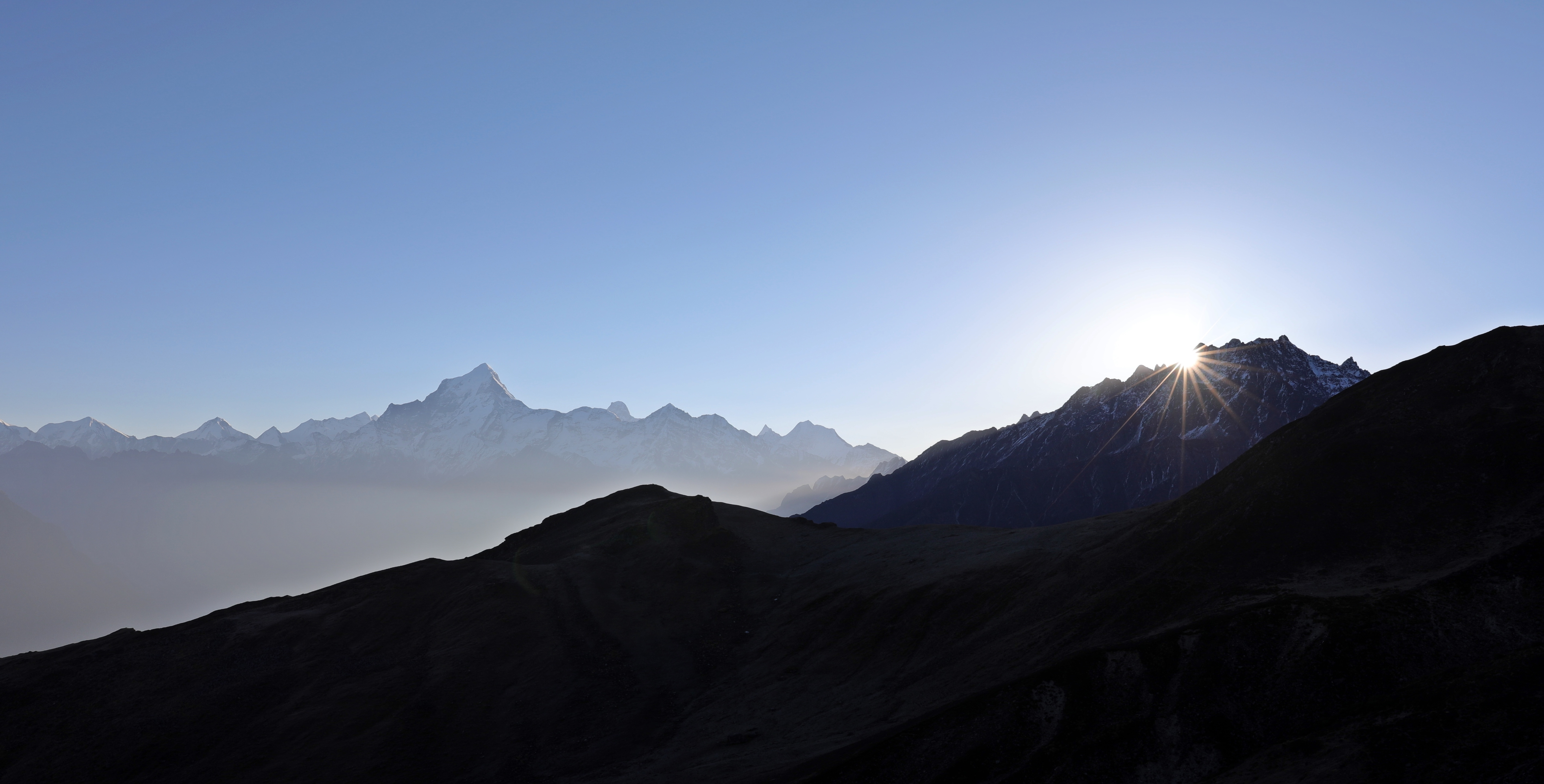 Sunrise beside Nanda Devi from Kuari Pass