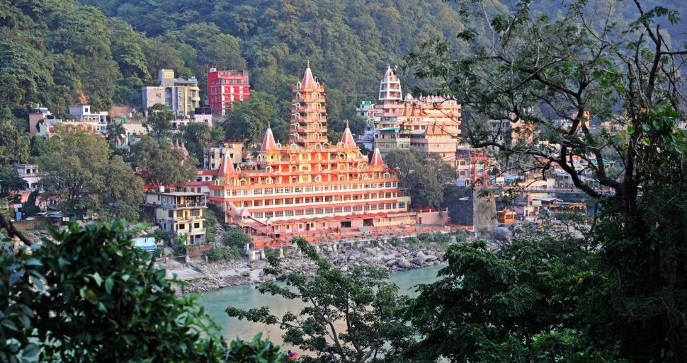 Swarg Niwas & Shri Trayanbakshwar Temples, Rishikesh