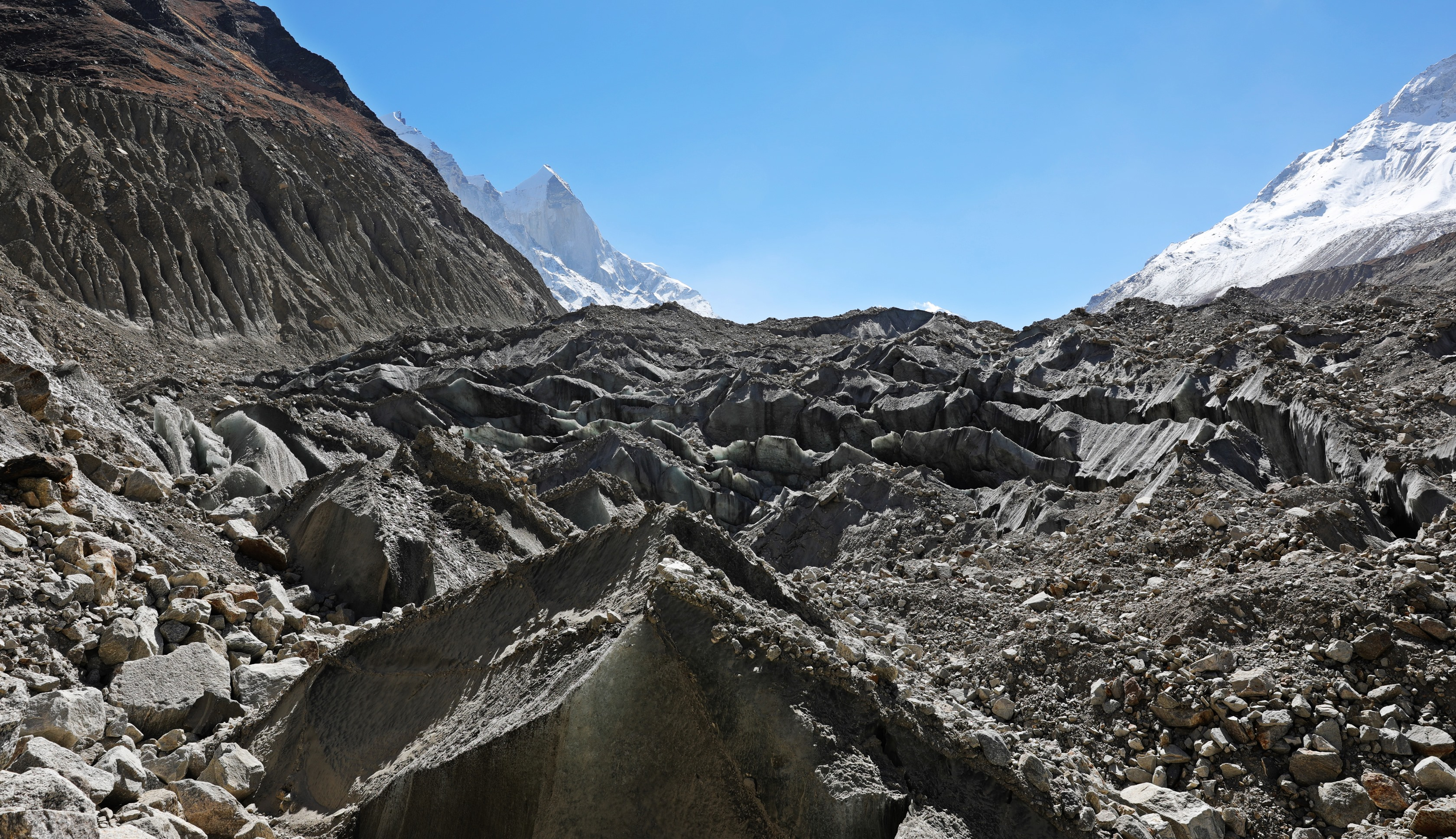 The crevasses of Gaumukh Glacier