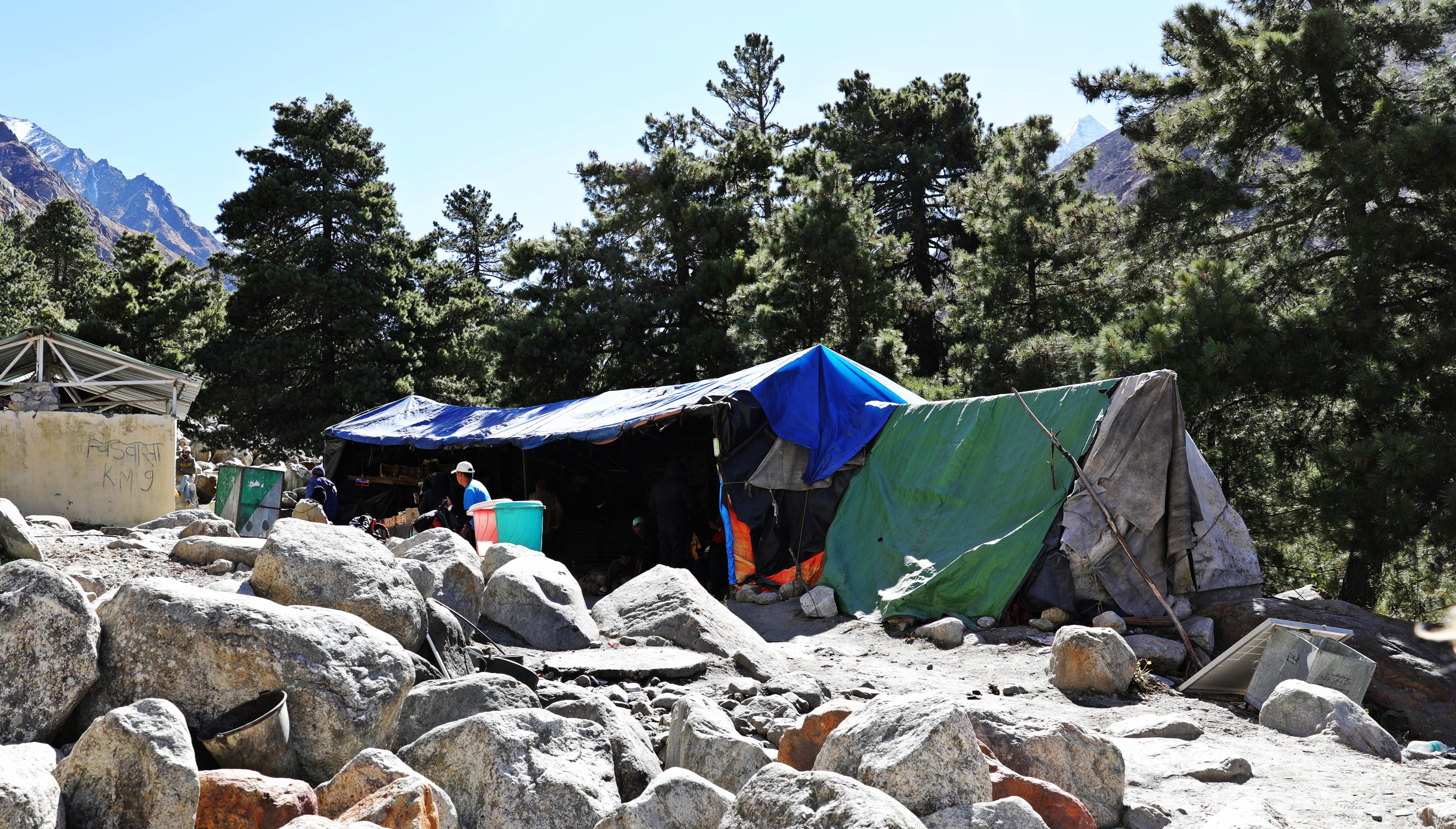 Dhaba on the Source of Ganges Trek