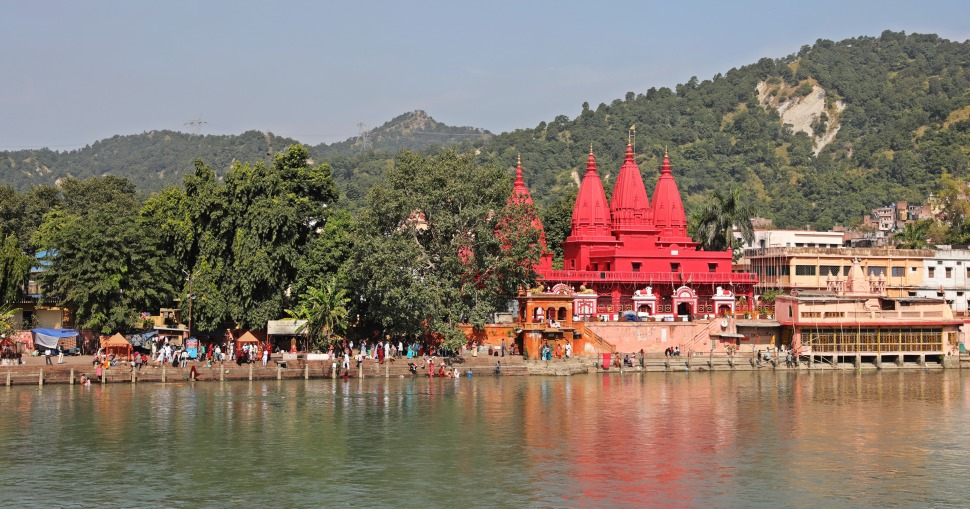 Hindu Temple and the Ganges, Haridwar