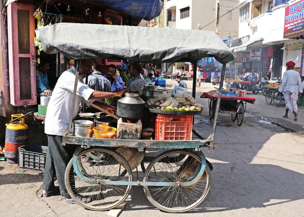 Street food vendor, Haridwar