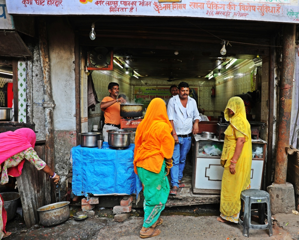 Street side restaurant, Haridwar