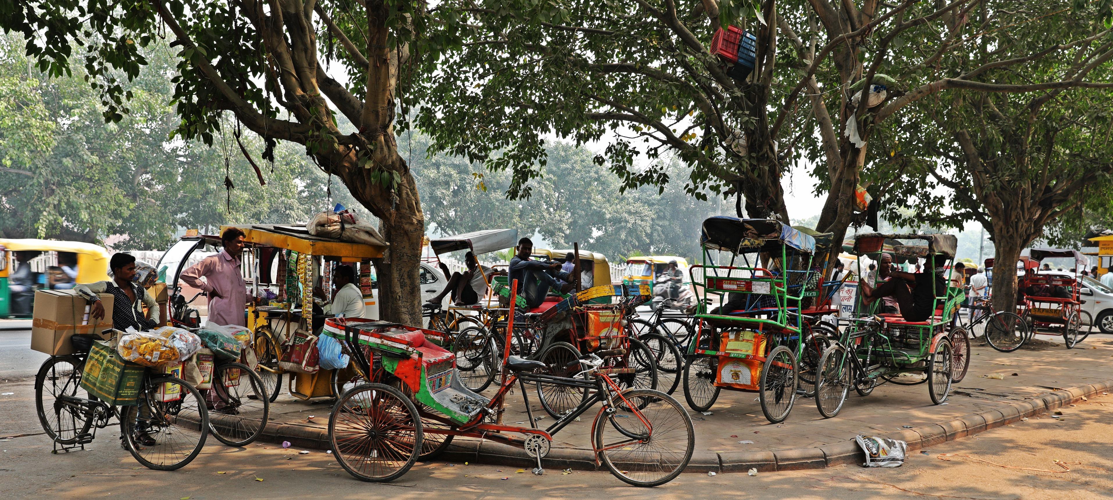 Rickshaws, Delhi