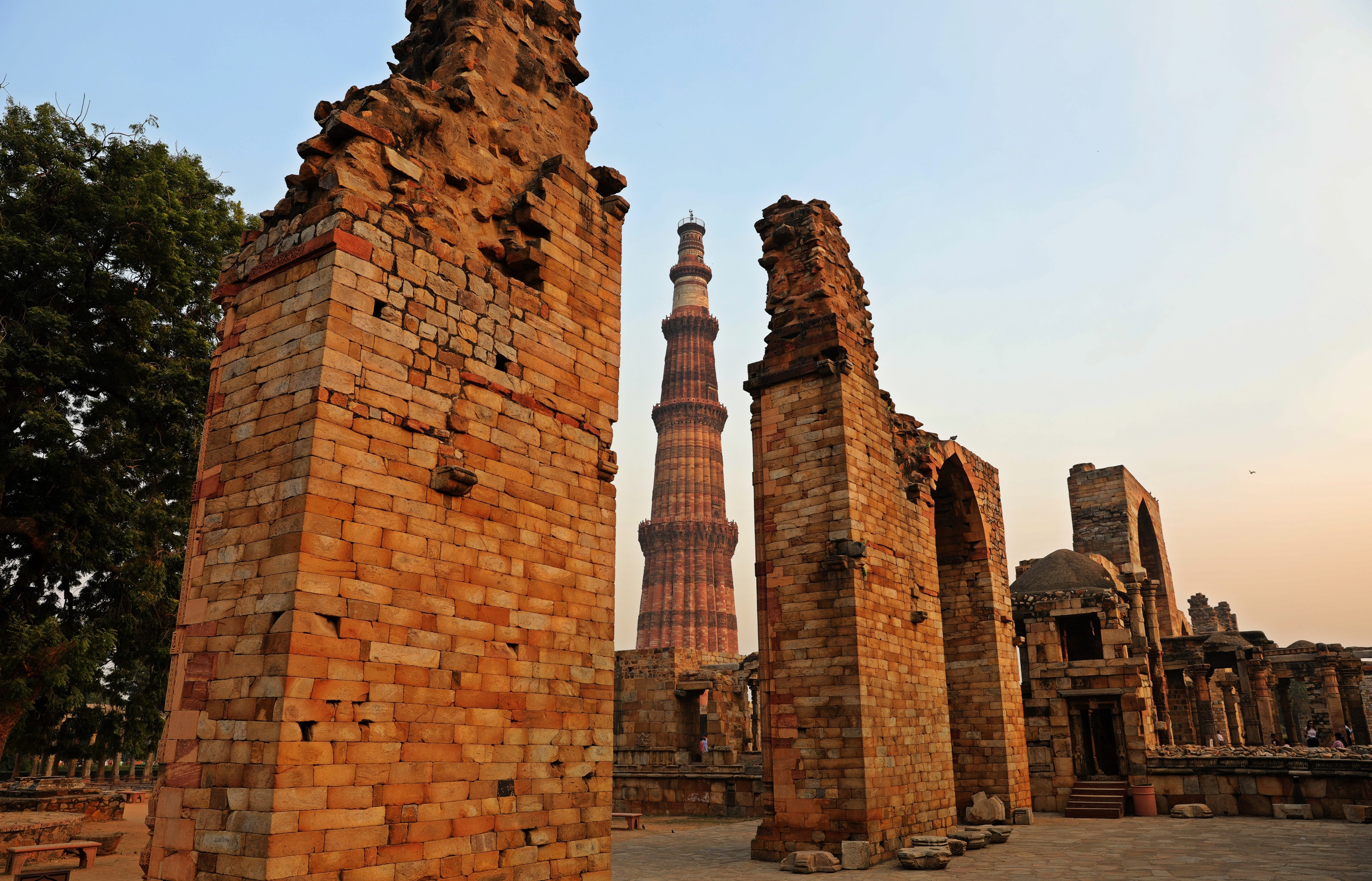 Ruins at Qutab Minar complex, Delhi