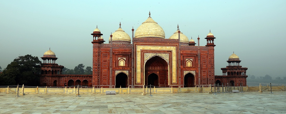 Mosque at Taj Mahal