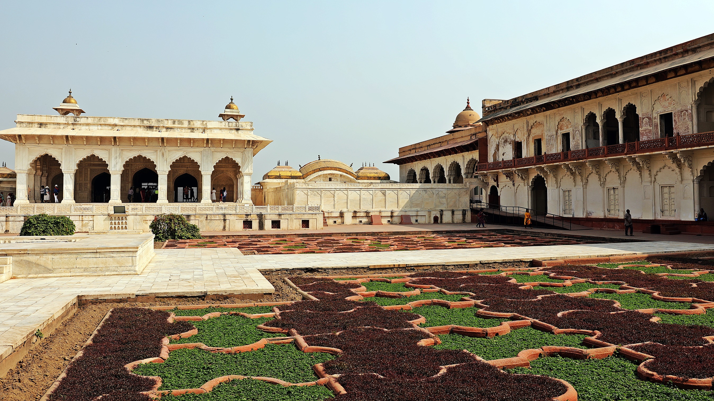 The palace in Agra Fort