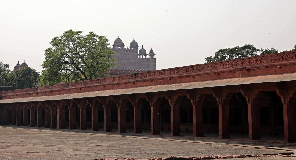 Housing for the harem of 5000, Fatehpur Sikri