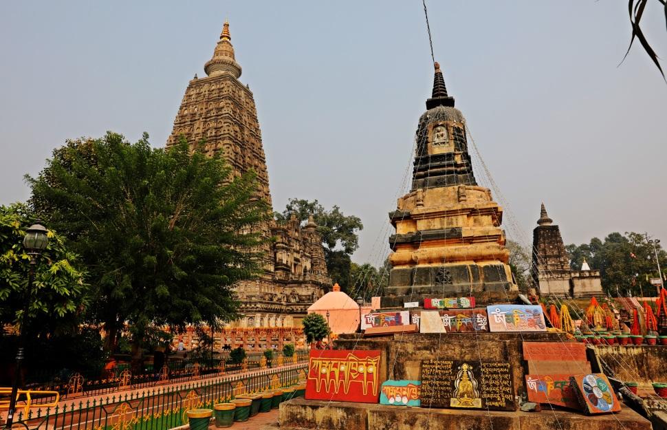 Stupas, Mayabodhi Temple, Bodhgaya
