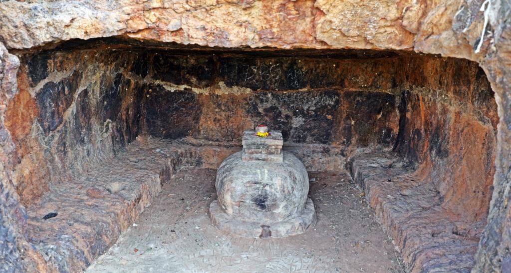 LiBuddhist cave, Bojjannakonda