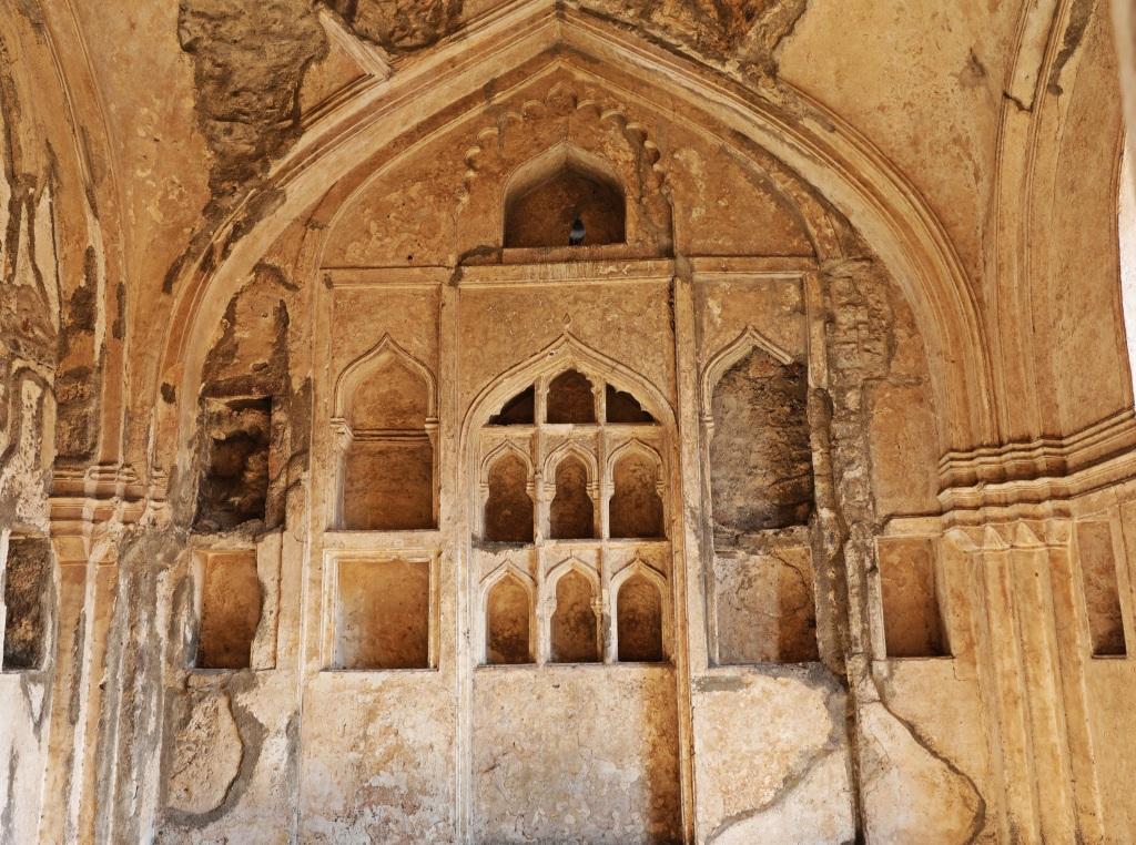 Decorated walls, Golkonda Fort