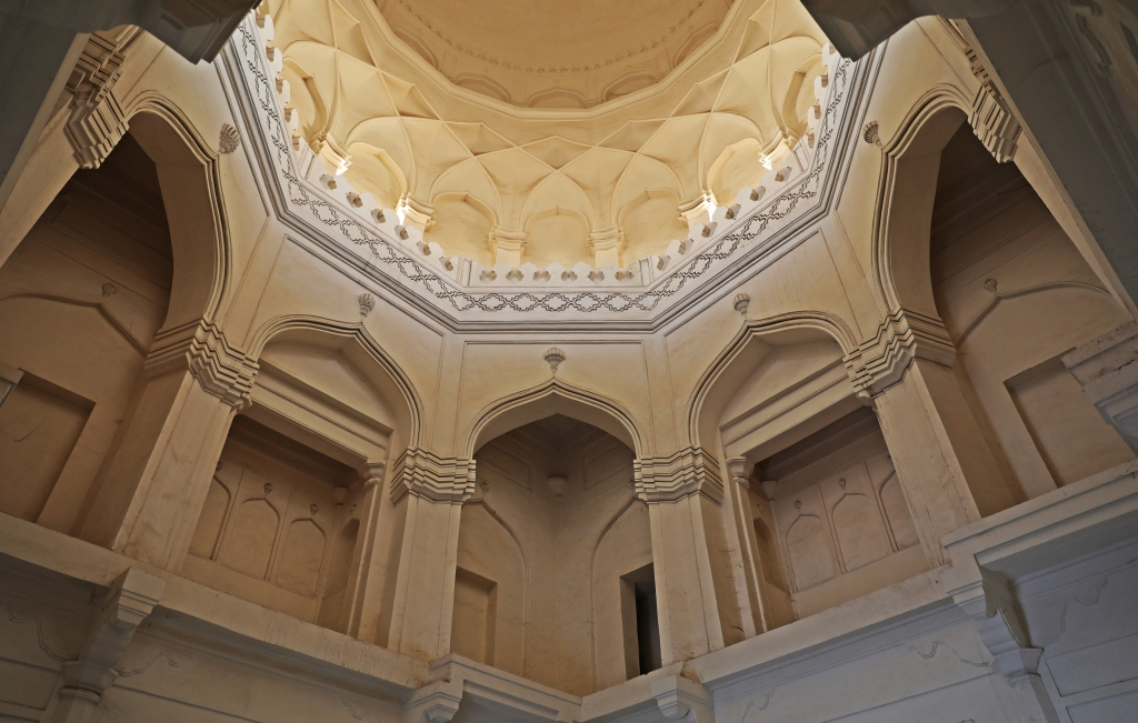 Inside Qutub Shah's Tomb