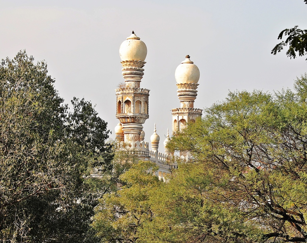Mosque near Qutub Shah Tombs
