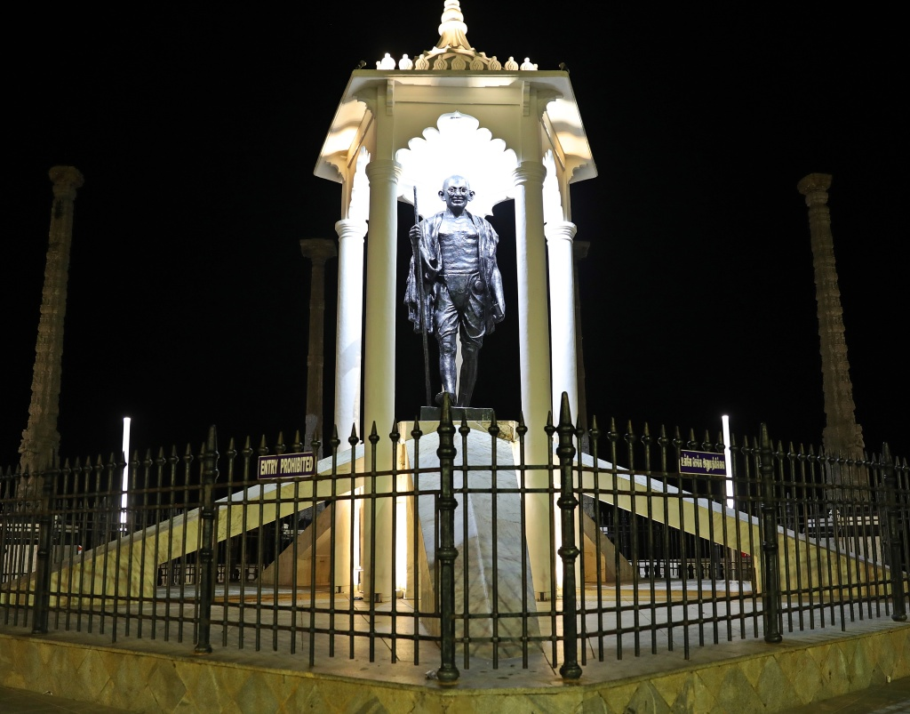Ghandi statue, Puducherry