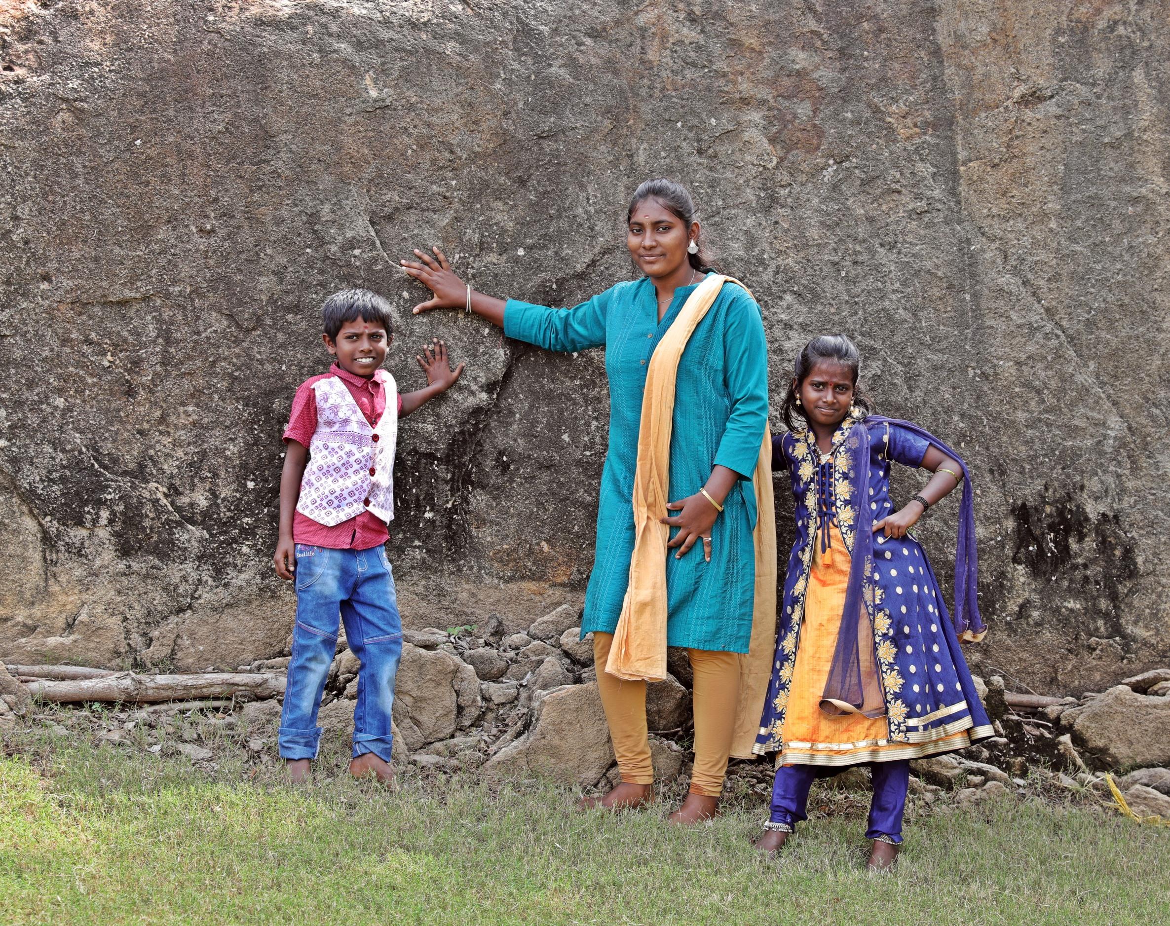 Family we met at Shiva Lingum, Tirumayam Fort, Chettinadu