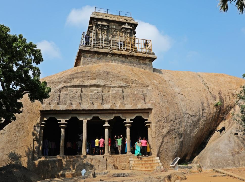 Mahishamardhini Rock Cut Temple and Iswara Temple on top